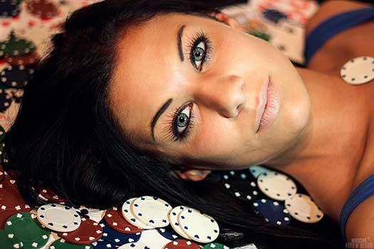 Portraitfoto und Bildbearbeitung: Mascha Fekete